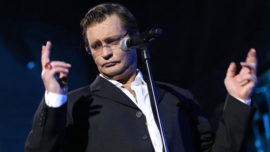 Александр Домогаров останется в Театре Моссовета