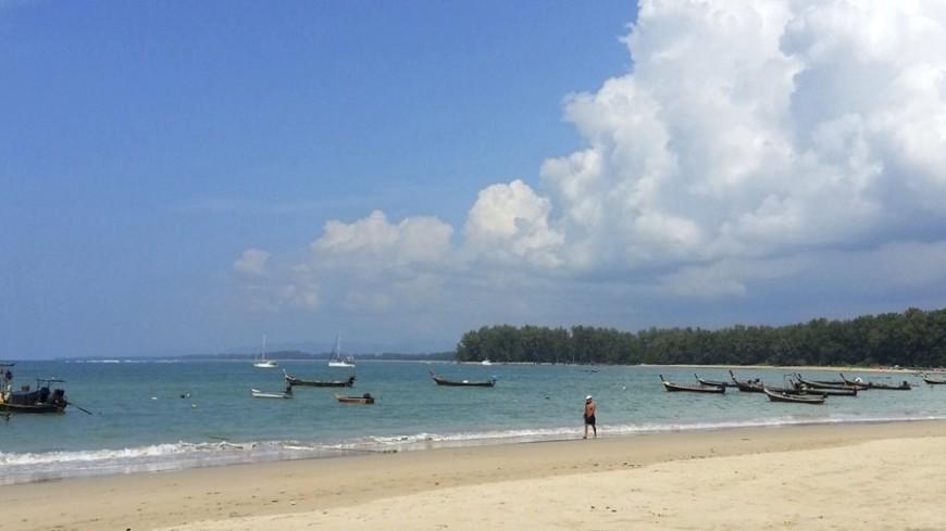 Самый популярный пляж Таиланда закрыли для туристов