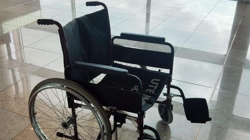 """Фото: Евгений Жуков / """"«МИР 24»"""":http://mir24.tv/, инвалид, инвалиды, инвалидность, инвалидная коляска"""