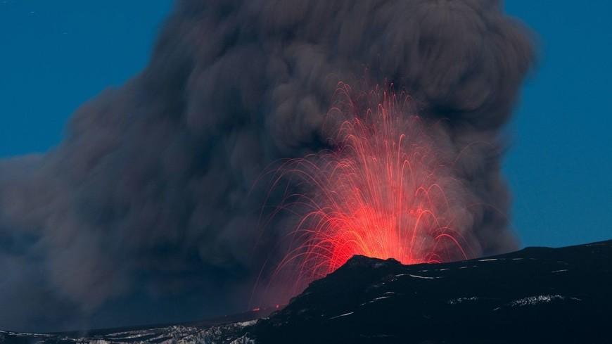 Гватемале вновь начал извергаться вулкана Фуэго