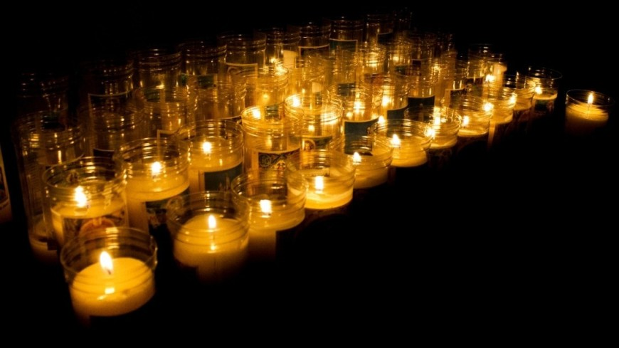 """Фото: Елена Андреева, """"«Мир24»"""":http://mir24.tv/, свечи"""
