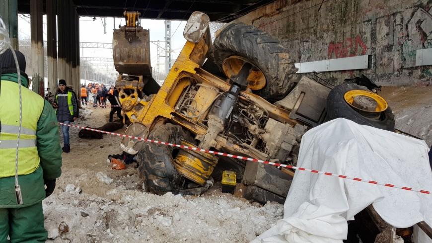 В Москве из-за ЧП перекрыли движение по Ростокинскому путепроводу