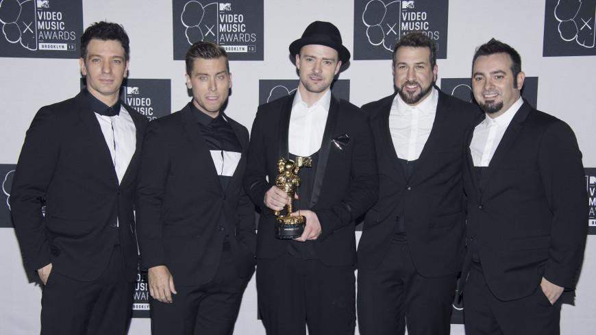 'N Sync удостоена звезды на Аллее славы Голливуда