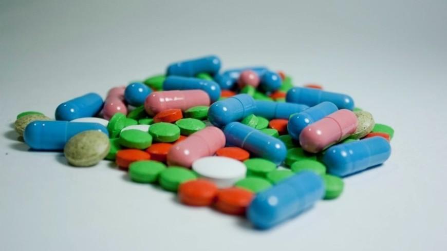 В Армении стали продавать по рецепту половину лекарств