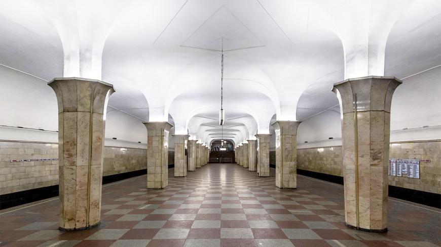 Один из вестибюлей «Кропоткинской» закрыли на ремонт до апреля