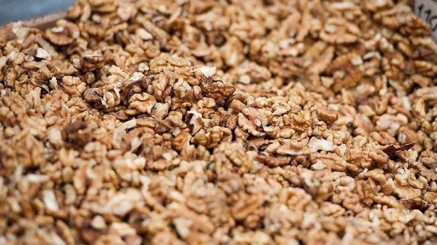 Грецкие орехи спасут от рака желудка