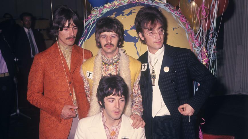 Снимки первых гастролей The Beatles ушли с молотка в Великобритании