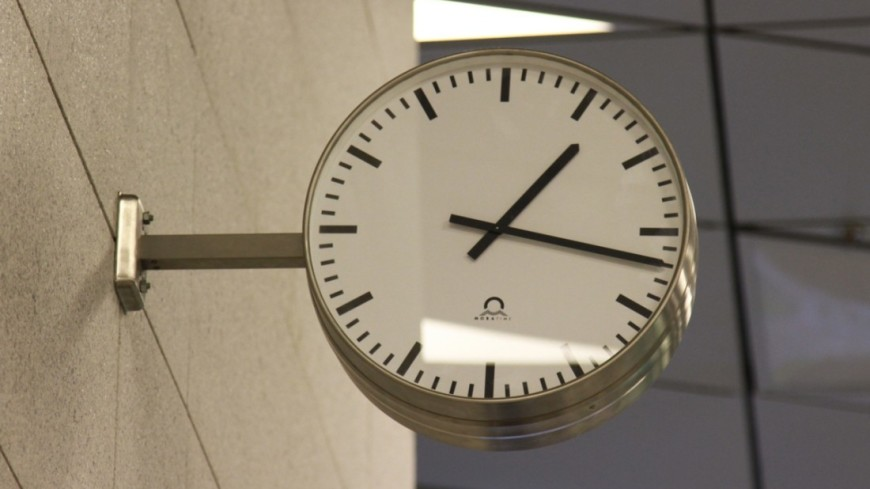 "Фото: ""«Мир 24»"":http://mir24.tv/, часы"