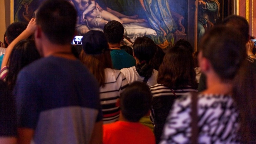 Сохранить и не навредить: как работают музеи