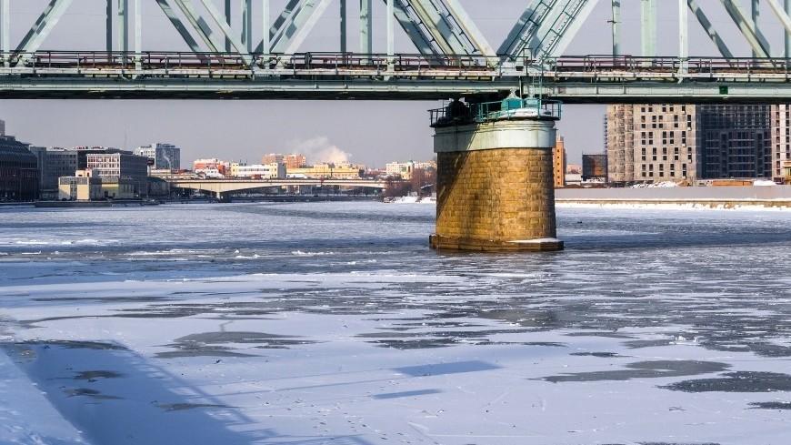 Спасатели: Лед на водоемах Москвы начнет таять в конце марта