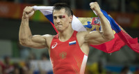 Роман Власов стал трехкратным чемпионом Европы по борьбе