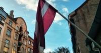 В Риге митинг против перевода русских школ на латышский собрал тысячи человек