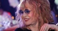И примадонна, и рок-звезда: Алла Пугачева облачилась в косуху
