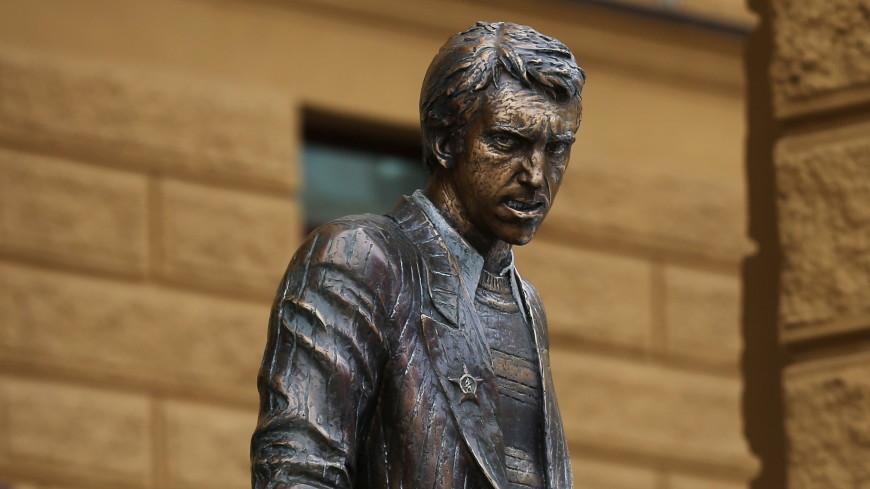 Памятник Глебу Жеглову появился в Ангарске