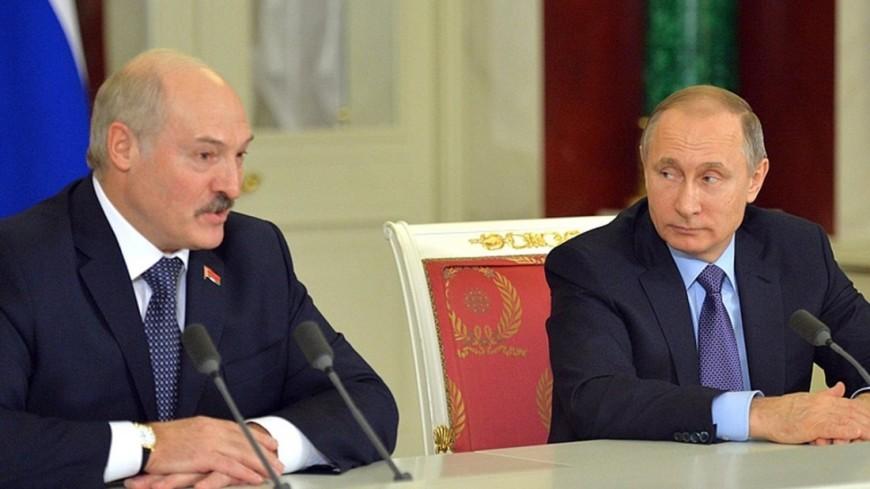 Путин обсудил по телефону с Лукашенко двусторонние отношения