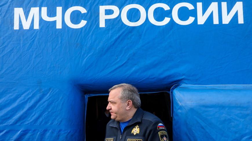 «Чистый берег»: Иванов и Пучков лично убрали мусор у Ладоги