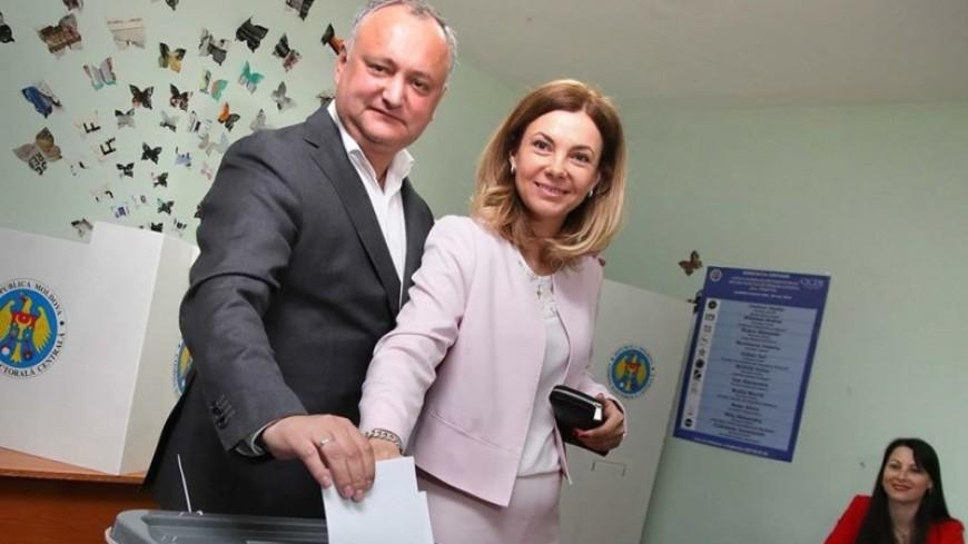 «Надеюсь, поставим точку»: Додон проголосовал за «сильного» мэра Кишинева