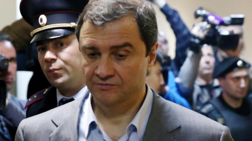 Афера в Эрмитаже: Пирумова обвинили в хищении 450 млн рублей