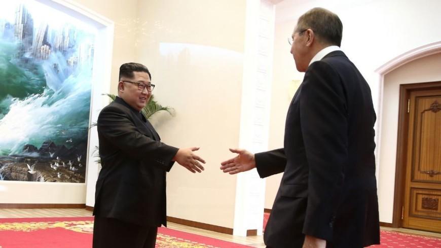 Лавров вручил Ким Чен Ыну шкатулку для «секретных вещей»