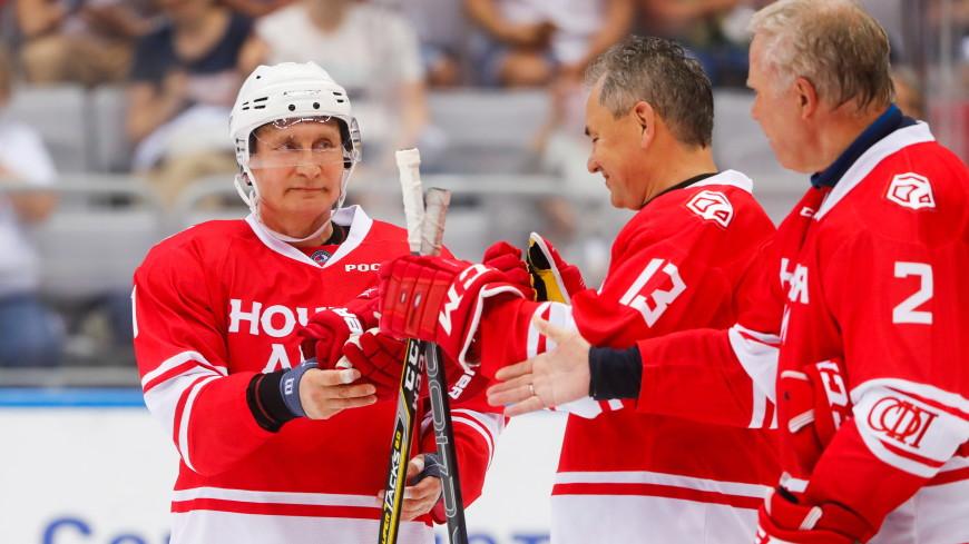Фетисов надеется сыграть с Путиным в хоккей на Северном полюсе