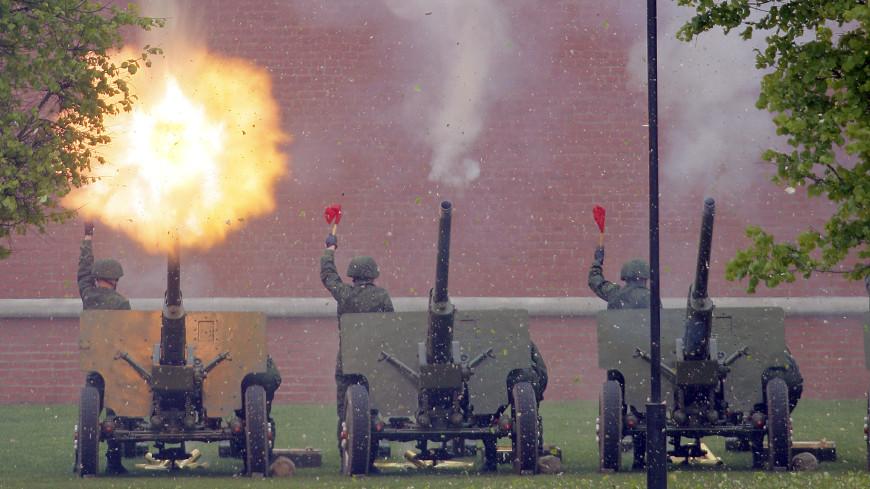 Инаугурация президента завершилась артиллерийским салютом