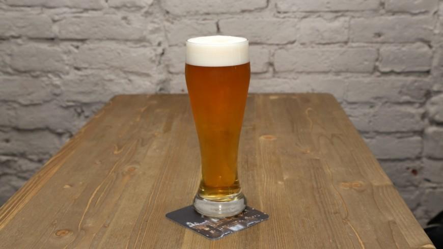Столетняя британка назвала пиво секретом своего долголетия