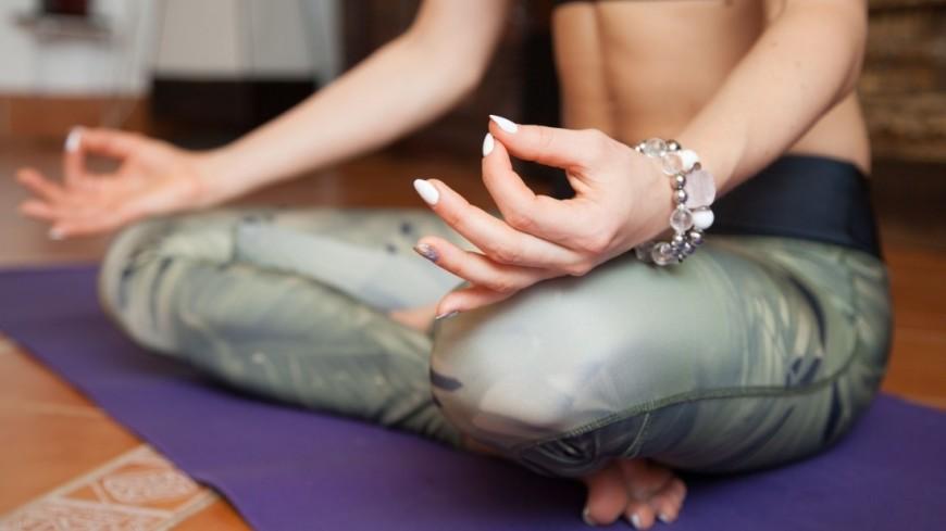 Йога,йога, растяжка, асана, ладонь, пальцы, спокойствие,