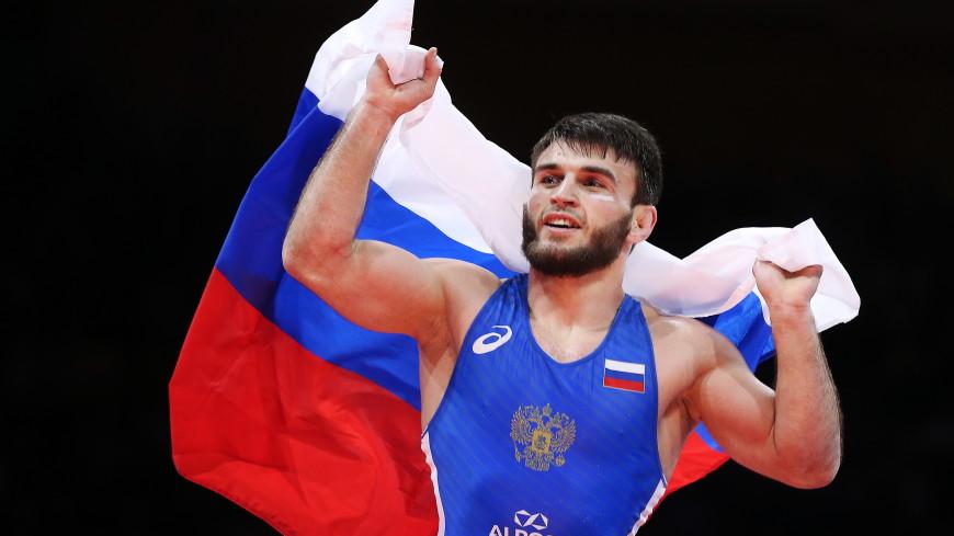 Российские борцы Рашидов, Найфонов и Садулаев взяли золото ЧЕ