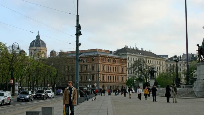 "Фото: Эльвира Ислямова (МТРК «Мир») ""«Мир 24»"":http://mir24.tv/, улица, австрия, вена"