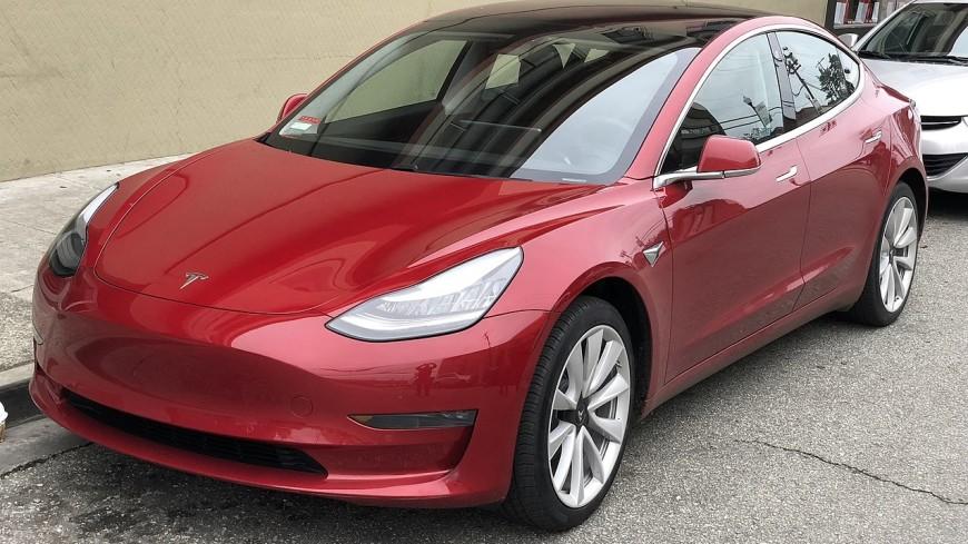 Tesla выпустила 100 тысяч электромобилей Model 3