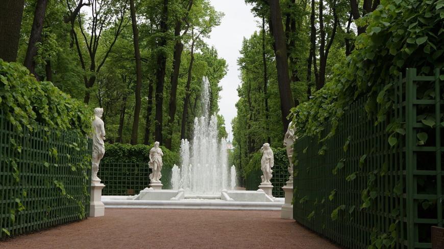 В Летнем саду забьет «фонтан русских духов»