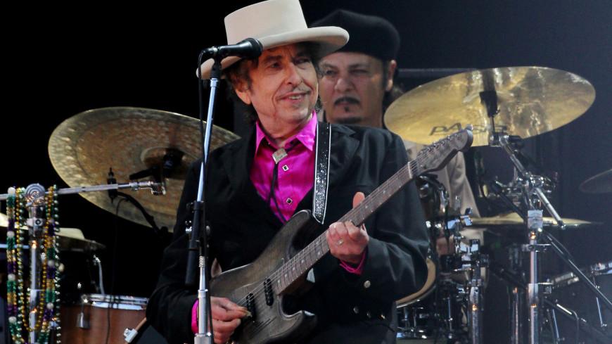 Знаменитую электрогитару Боба Дилана продали в США за $490 тысяч