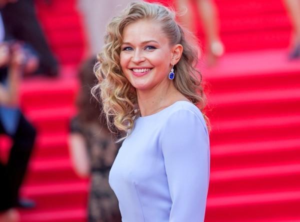 Юлии Пересильд присвоили звание заслуженной артистки России
