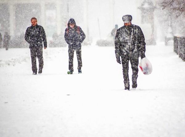 Пурга и до минус 25: зима постепенно окутывает Россию