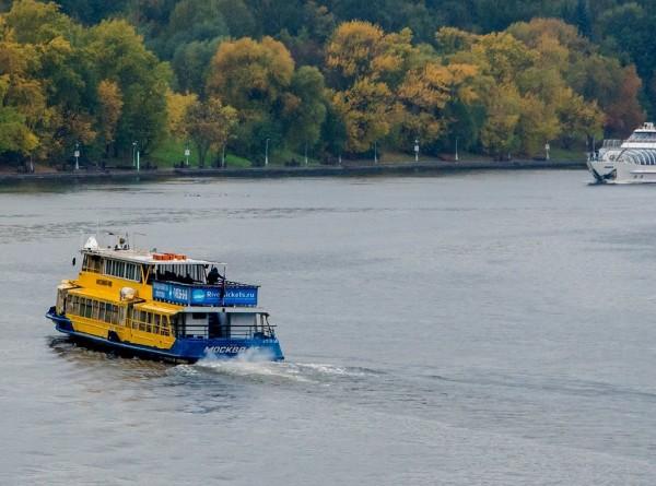 По Москве-реке стартовала зимняя пассажирская навигация
