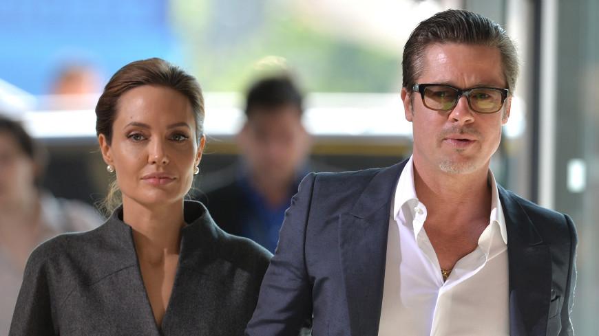 Джоли и Питт готовы завершить «борьбу» за детей. Но документы не подписали