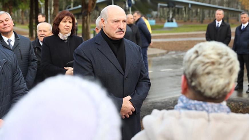 Лукашенко: Октябрьская революция – это наша история