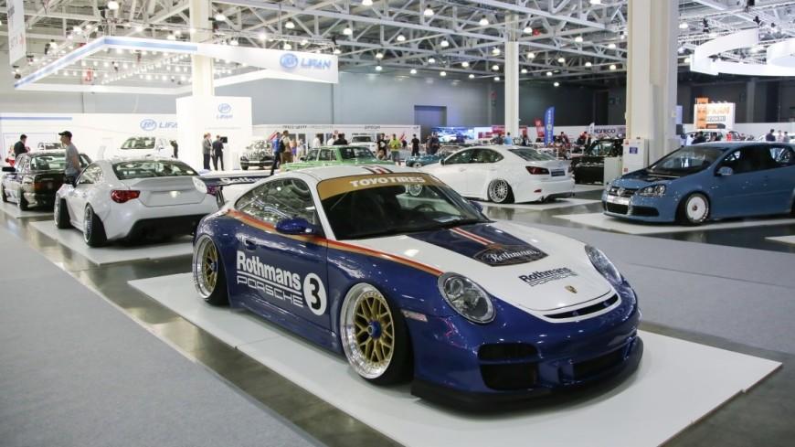 Немцы представили в Лос-Анджелесе новое поколение легендарного Porsche 911