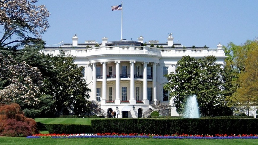 Чиновницу Белого дома уволили после жалобы Меланьи Трамп