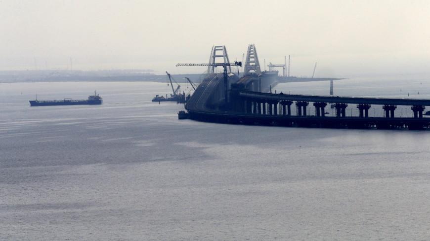 Первый пролет Крымского моста соединили с железнодорожной аркой