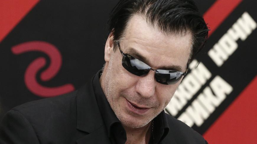 Тест на коронавирус у лидера Rammstein оказался отрицательным