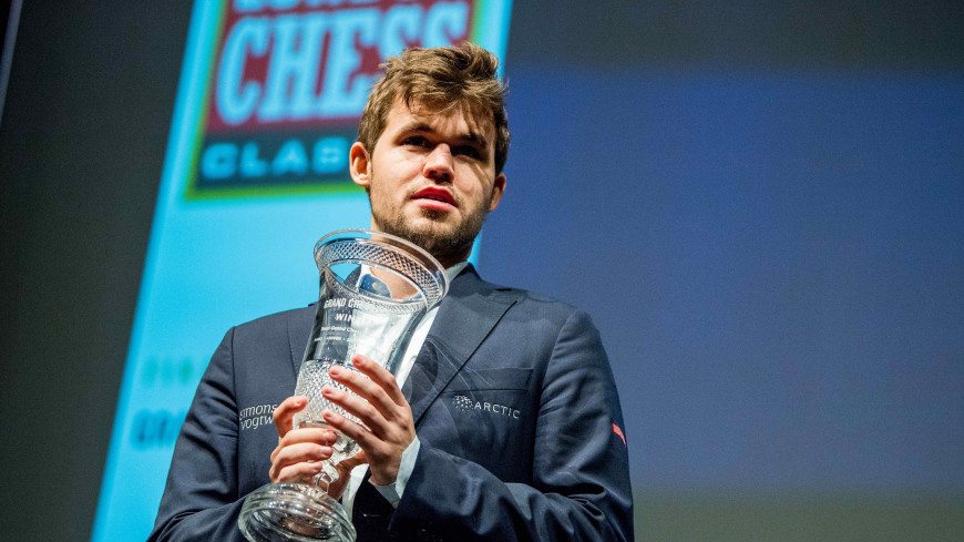 Норвежец Карлсен назвал себя фаворитом матча за шахматную корону
