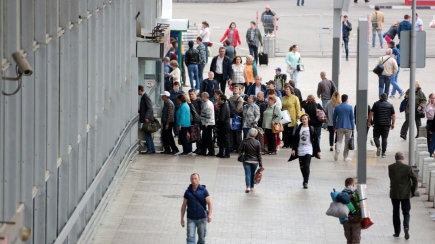 Курский вокзал,Курский вокзал, толпа, вокзал, люди,