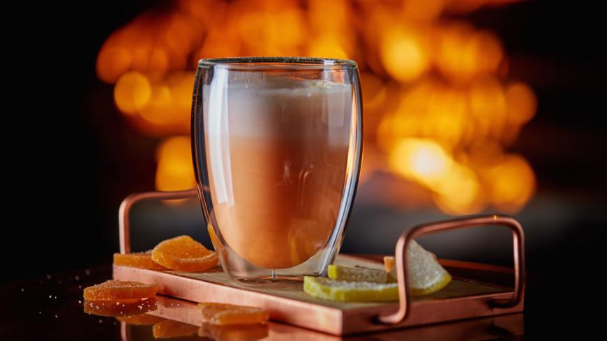 Согрейся со вкусом: грушевый грог, кофе с перцем, вишневый глинтвейн и горячие коктейли
