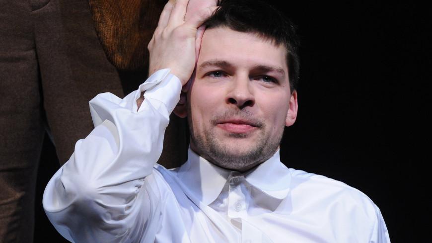 Актера Даниила Страхова в Москве избили из-за замечания курильщикам
