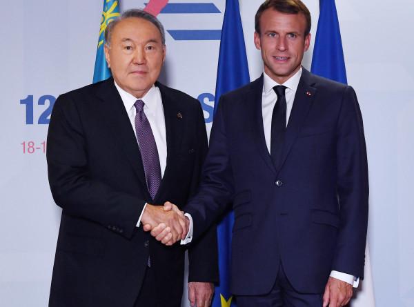 Назарбаев и Макрон хотят вывести отношения двух стран на новый уровень