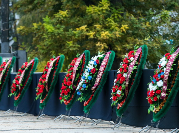 Крым попрощался с погибшими в политехническом колледже Керчи