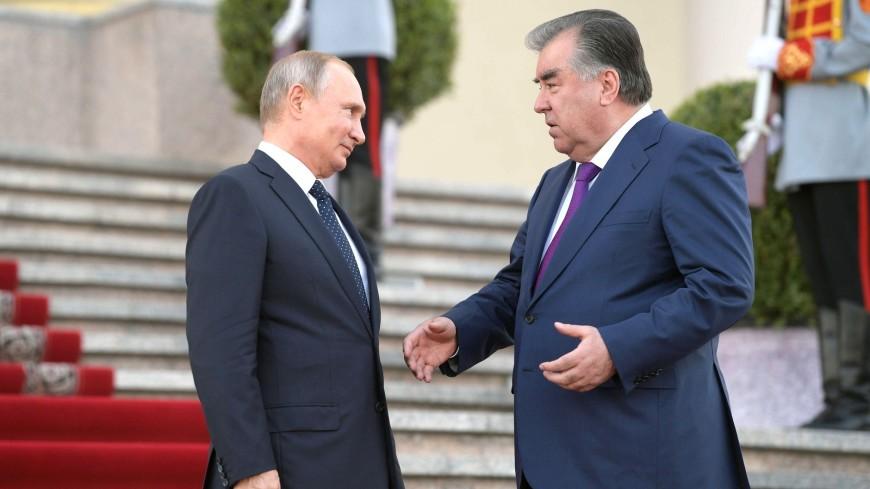 Путин отметил успешное развитие отношений с Таджикистаном