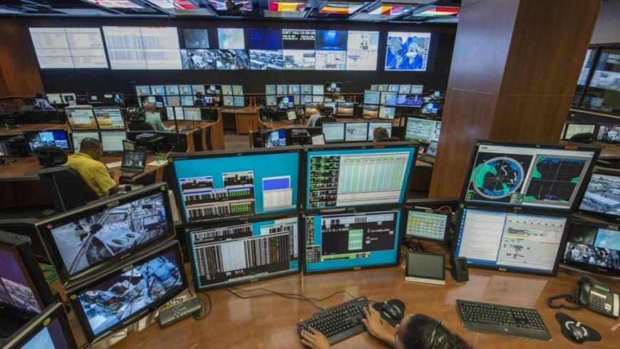 """Фото: """"NASA"""":https://www.nasa.gov/, исследование, наса, компьютер, компьютеры, рабочее место, метеостанция, погода, космос"""