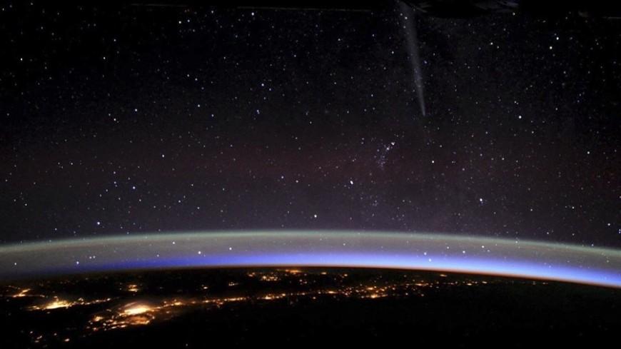 Небо над Москвой украсит метеорный поток Леониды